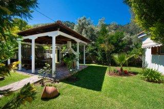 garden-villa-dimitris