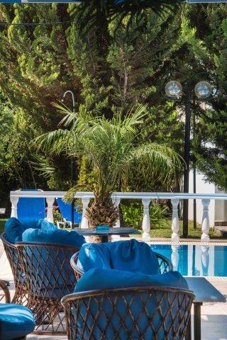 villa-dimitris-pool