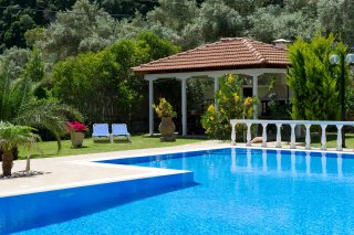 villa-dimitris-swimming-pool